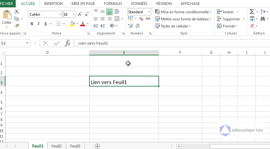 Créer un lien hypertexte Excel vers une feuille de calcul dans le même classeur-étape1